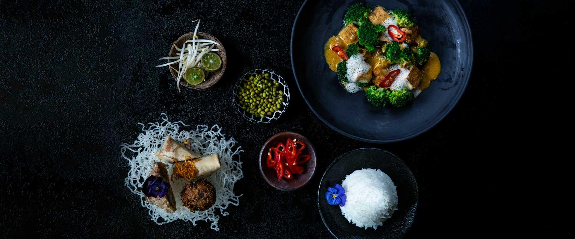 Gesundes vegetarisches Essen in all seiner indonesischen Vielfalt
